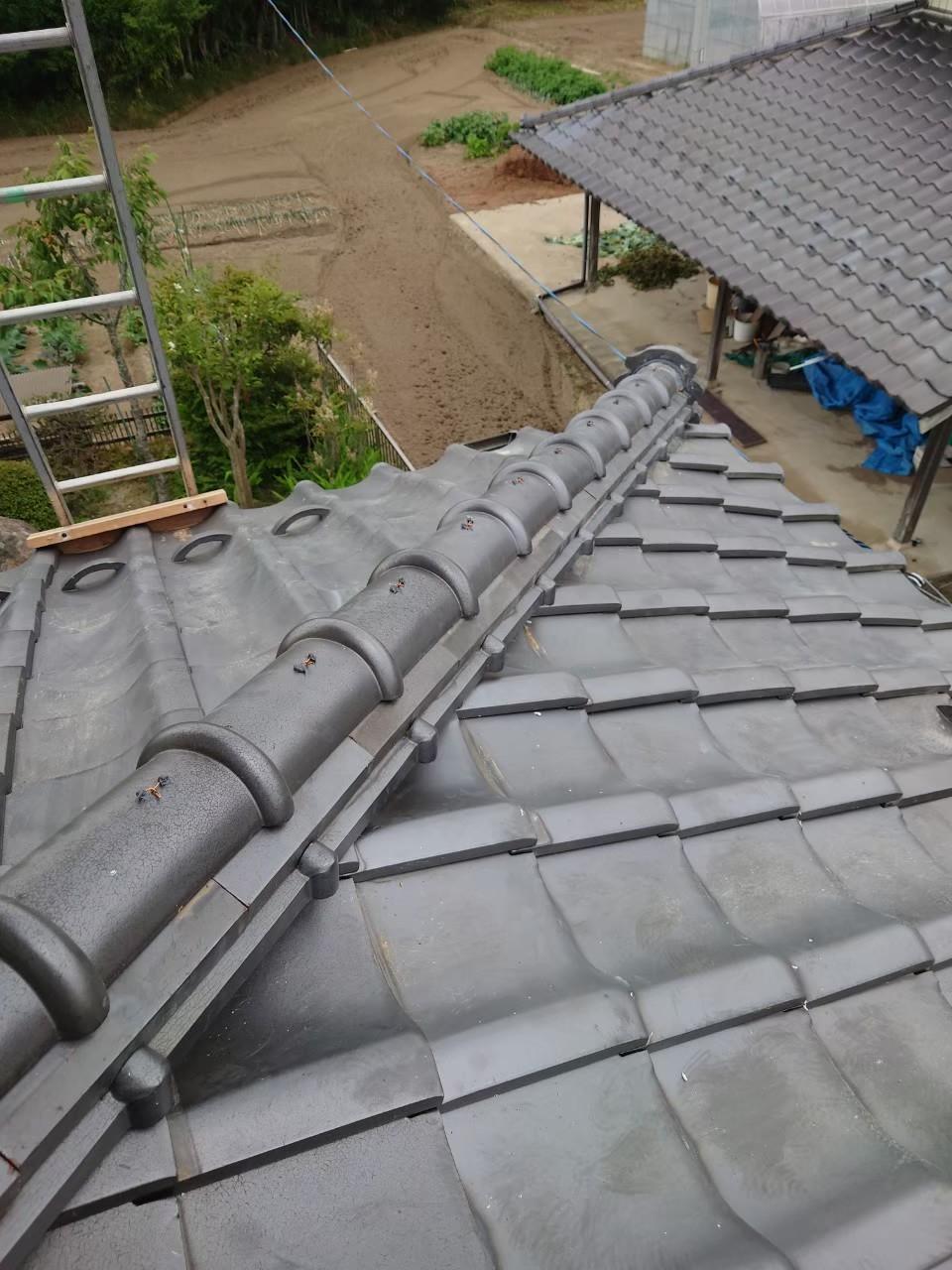 宮城県の地震で崩れた隅棟部を修理しました